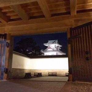 金沢城ライトアップ秋